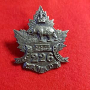 226th Overseas Men of the North Battalion Manitoba Cap Badge