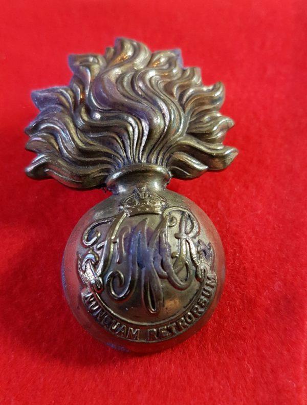 Canadian Les Fusiliers Mont Royal Cap Badge