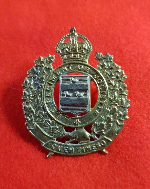 Le Regiment De Joliette Canadian Cap Badge
